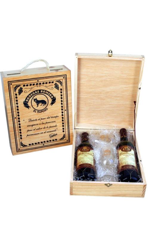 Estuche de madera con dos botellas y dos catavinos